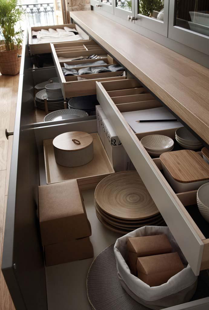 Aparador con cajones extraibles para almacenaje