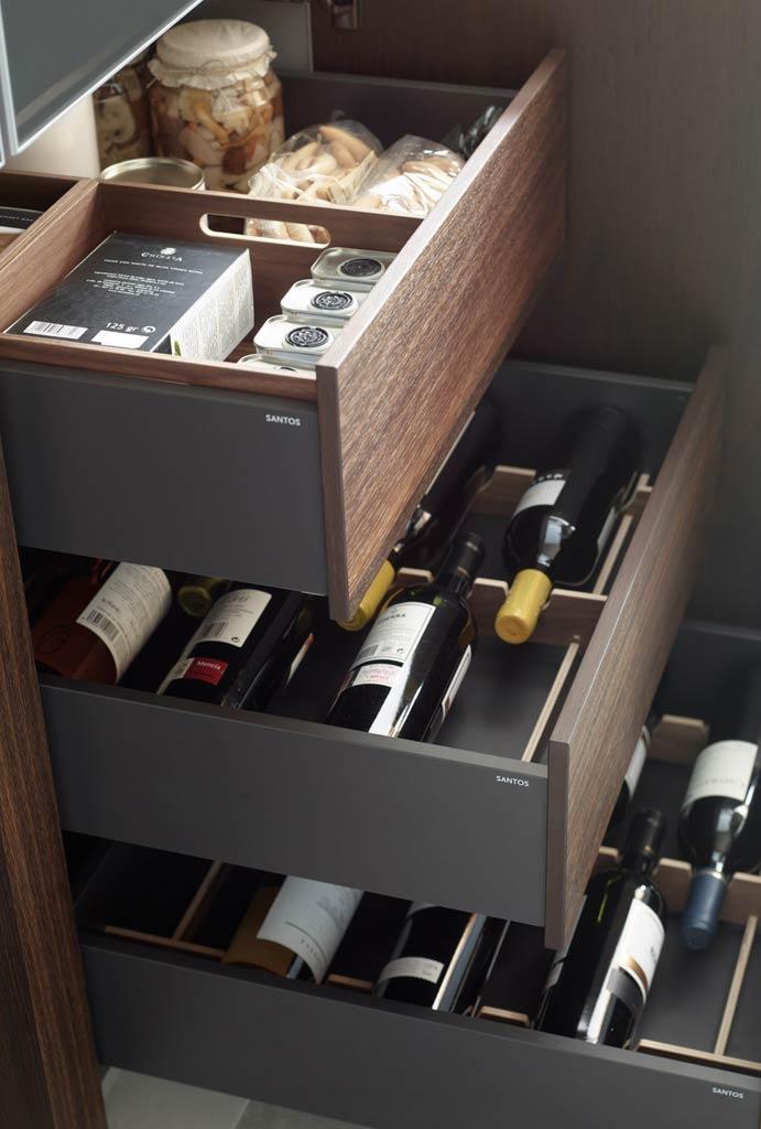 Cajón extraible para almacenaje de menaje y alimentos